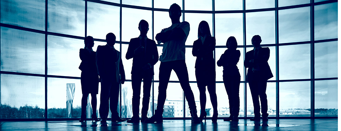 silhouette of confidence business people